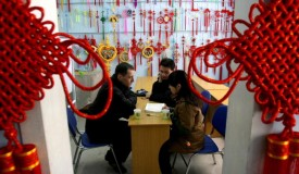 Foreign Volunteer Helps Disabled People At Changchun 'Words from the Heart' Volunteer Association